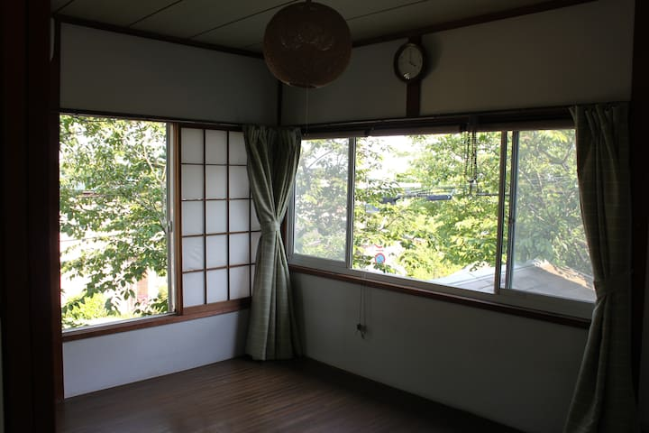 Hillside house 8min to sea by warm host parents - Kamakura-shi - Haus