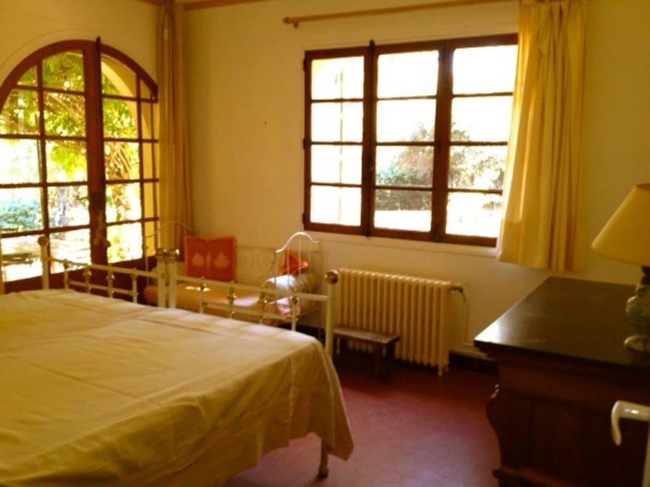 Une chambre deux lits de 90 réunis