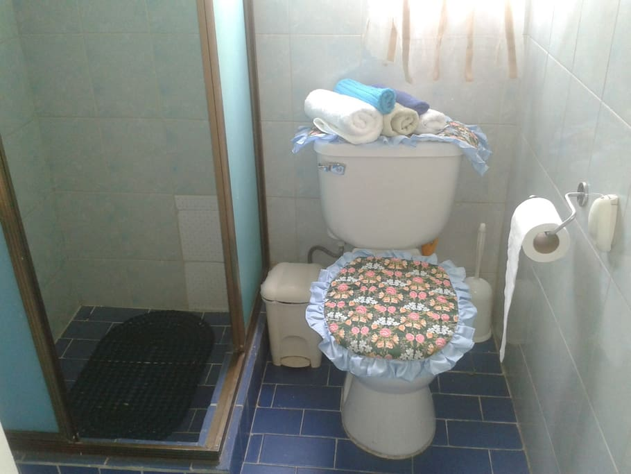 Baño privado (separado del cuarto)