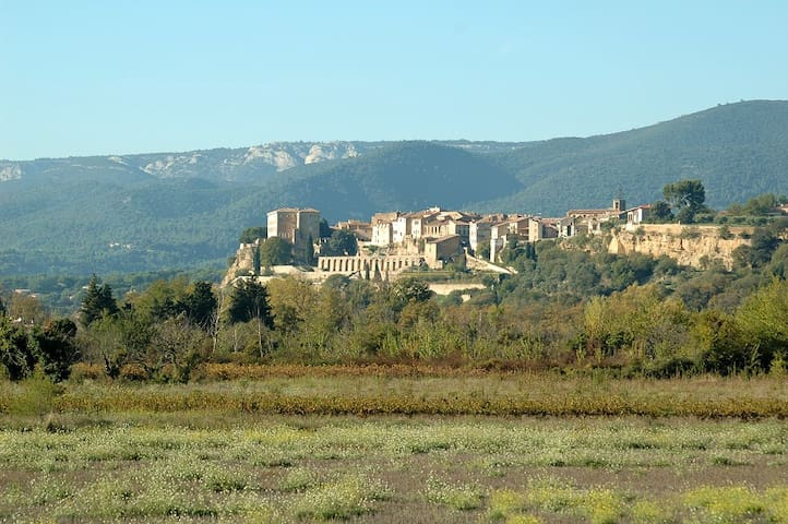 House in a village Provence Luberon. Five persons - Lauris - Dom