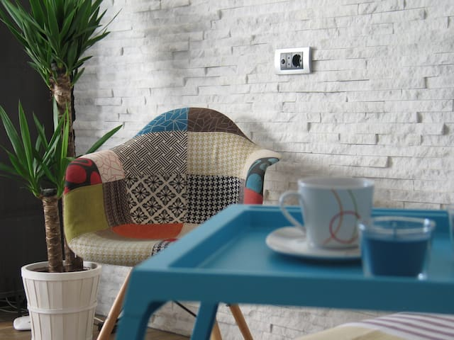 Studio in the VERY CENTER, pedestrian area!(PROMO)