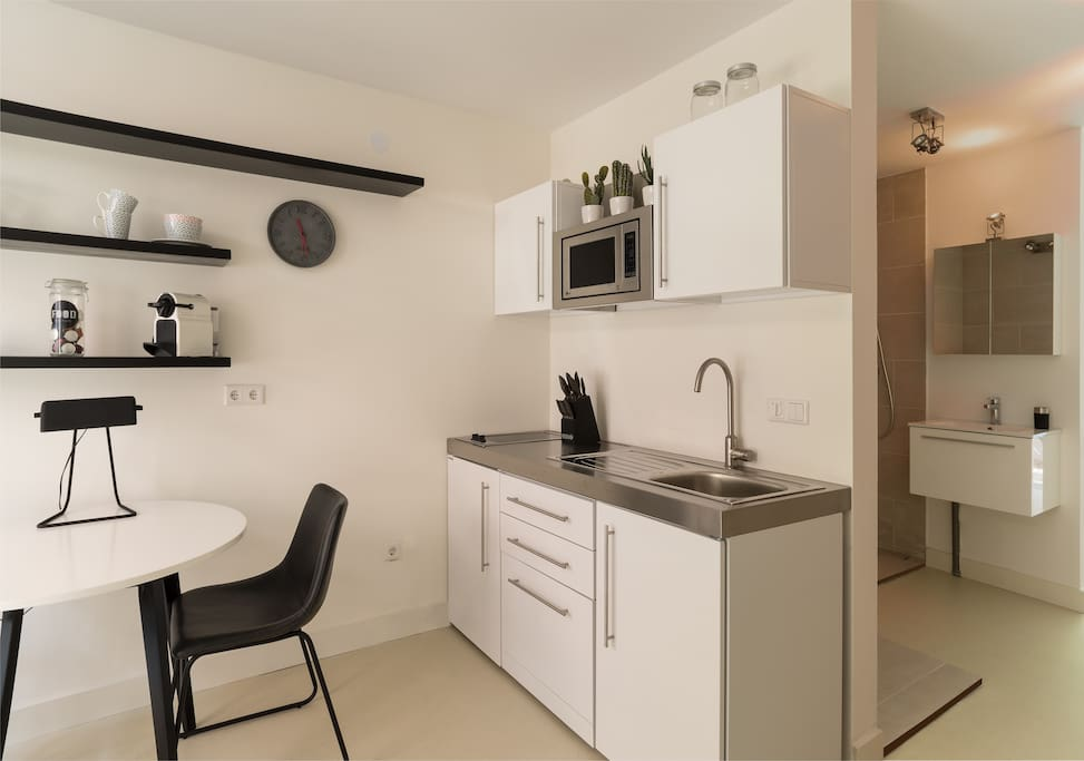Design appartment in amsterdam centrum jordaan for Design apartment jordaan amsterdam