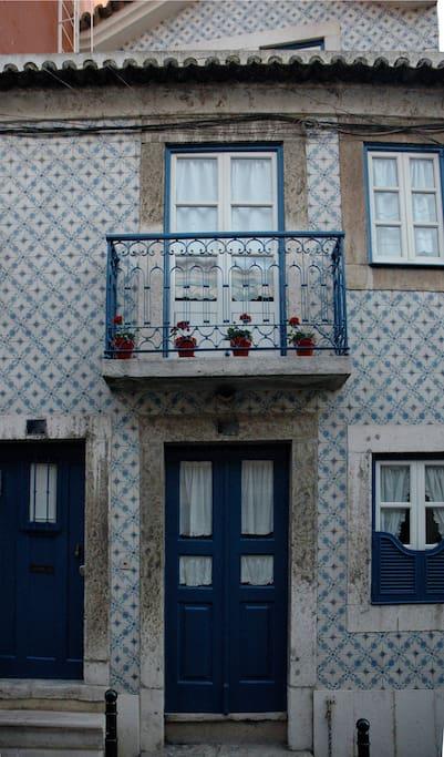 maison de vacances lisbonne maisons de ville louer lisbonne lisbonne portugal. Black Bedroom Furniture Sets. Home Design Ideas