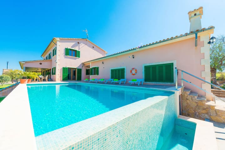 SULLASTRE DE SANT JORDI - Villa for 10 people in Sant Jordi, Palma de Mallorca.