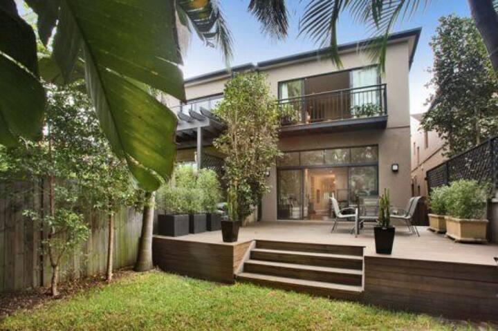 A beautiful house near Bondi Beach!