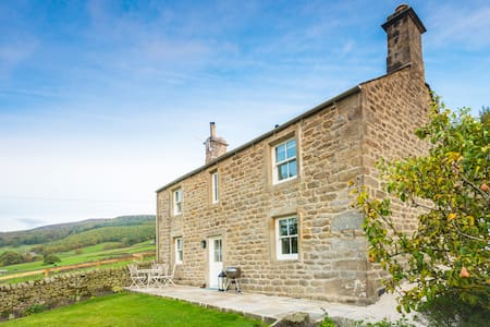 Yorkshire Dales Cottage with Breathtaking Views - Skipton