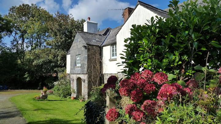 Garden room in stunning Eco Devon Longhouse