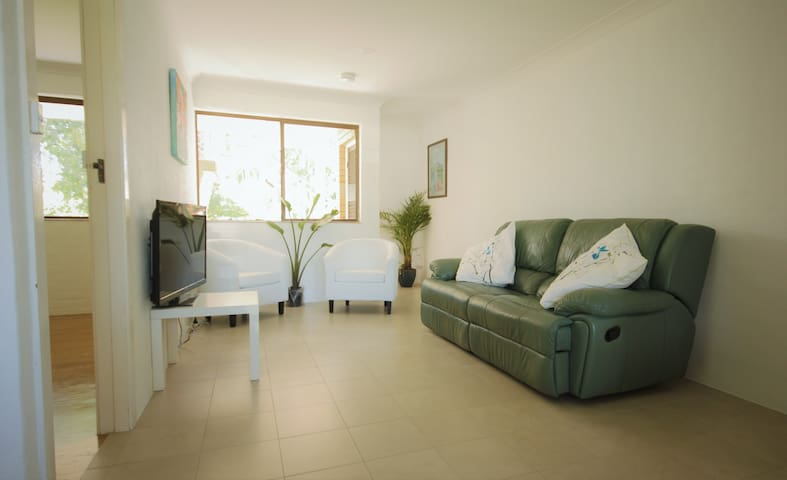 Peaceful style and comfort in Beautiful Brunz!