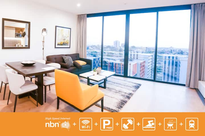 Modern Designer's Pad In South bank with FREE Parking SPNQ9P4