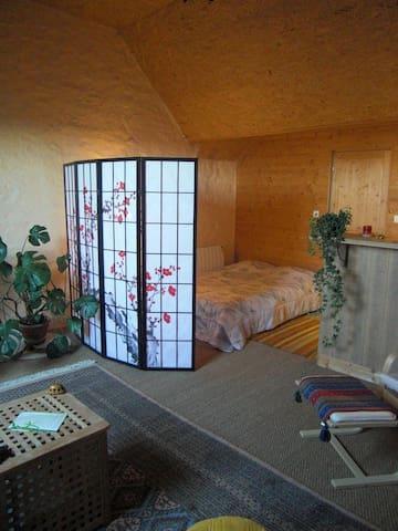 Les Hirondelles - Sainte-Suzanne - Lägenhet