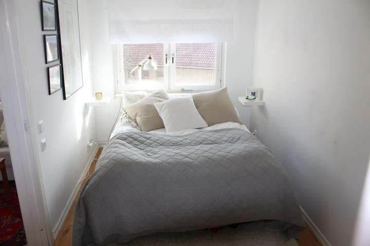 Beautiful apartment close to city - Nacka - Wohnung
