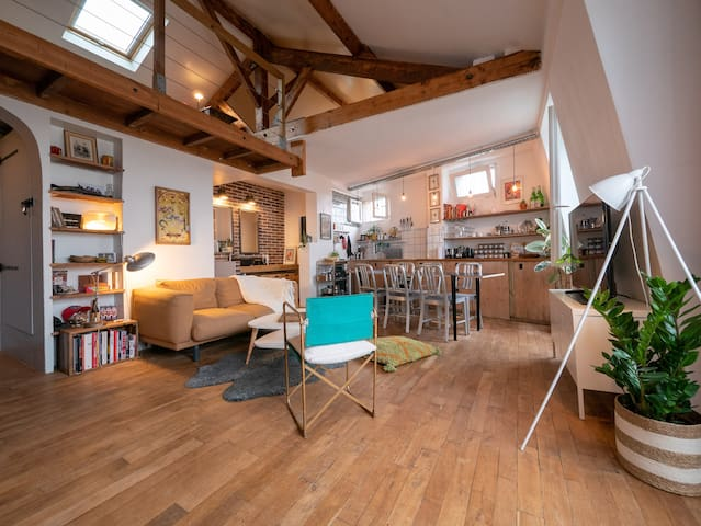 SPACIOUS & COSY LOFT 10 MIN AWAY FROM PARIS CENTER
