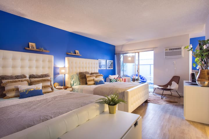 Super chic Bungalow central to the best in LA!