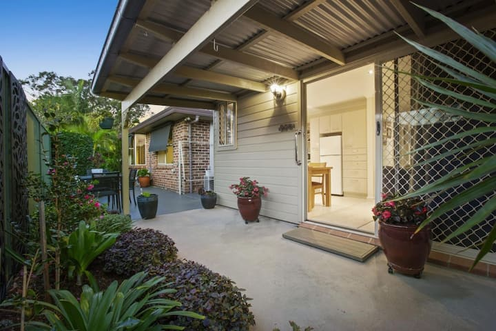 The Bateau Bay Guesthouse