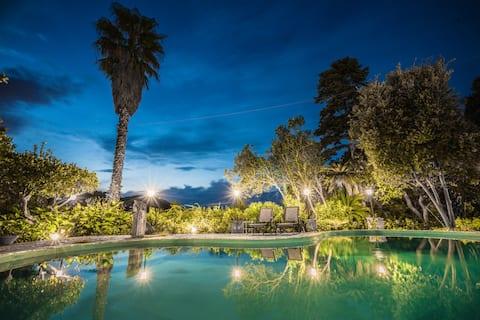 Sicilian Mansion Villa Cycas Heated Pool