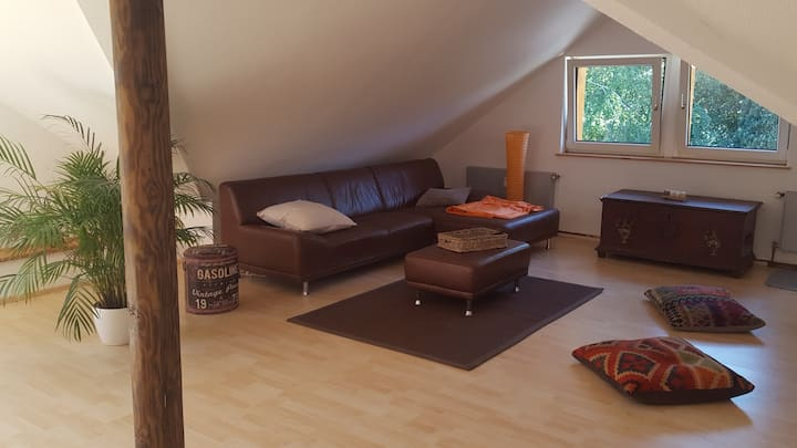 Generous living unit in the countryside in Velbert