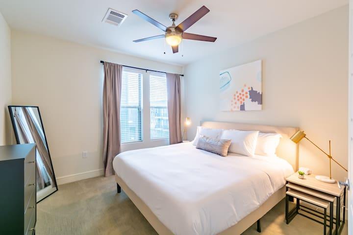 Kasa   Dallas   Spacious 1BD/1BA Apartment