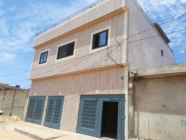 Logement 4 personnes possible proche mer et Lomé