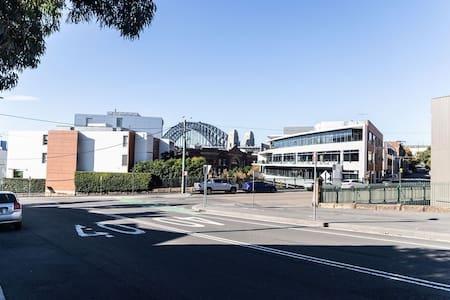 Sydney City Glamurous Heritage Studio