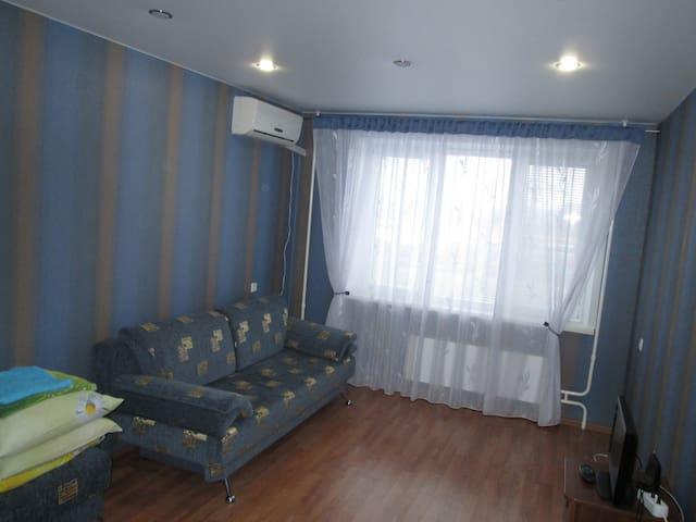 Современная квартира в удобном месте - Tolyatti - Apartamento