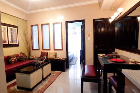 1 BR Modern Fully Furnished LM3 - Manila - Wohnung