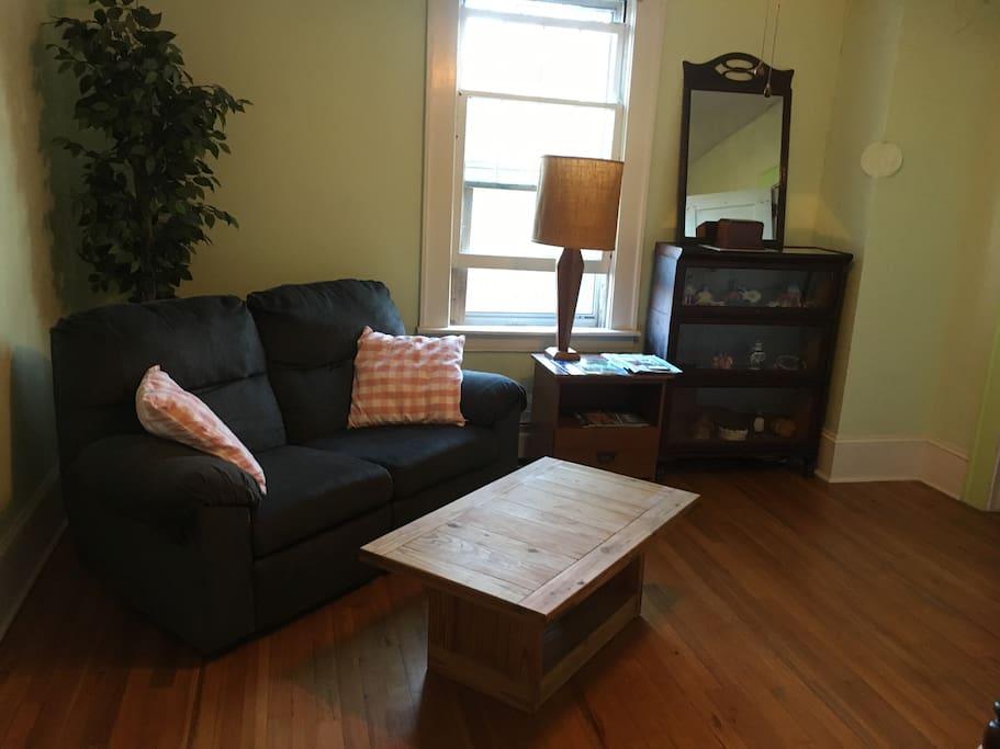 Reclining sofa!
