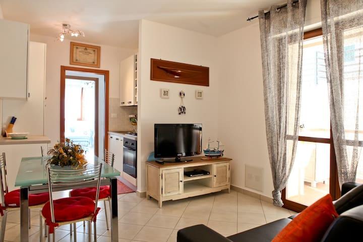 MODERNO E TRANQUILLO BILOCALE - Monte Argentario - Apartamento