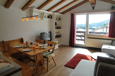 Charming renovated ski chalet - Vaz/Obervaz