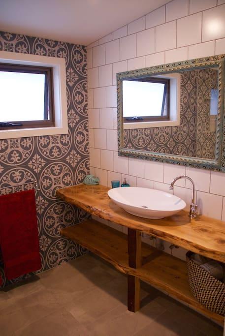 Bathroom, featuring natural timber benchtop & Artisan tiles