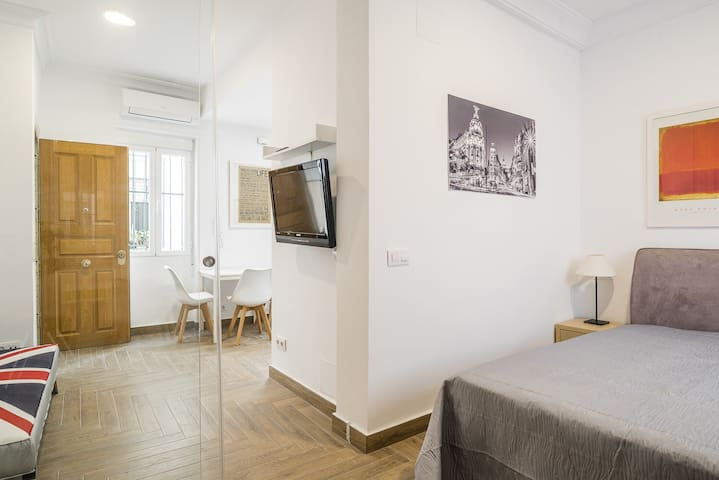 Moncloa city center apartment