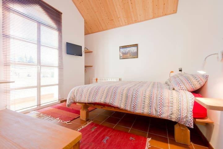 Atico: dormitorio de matrimonio
