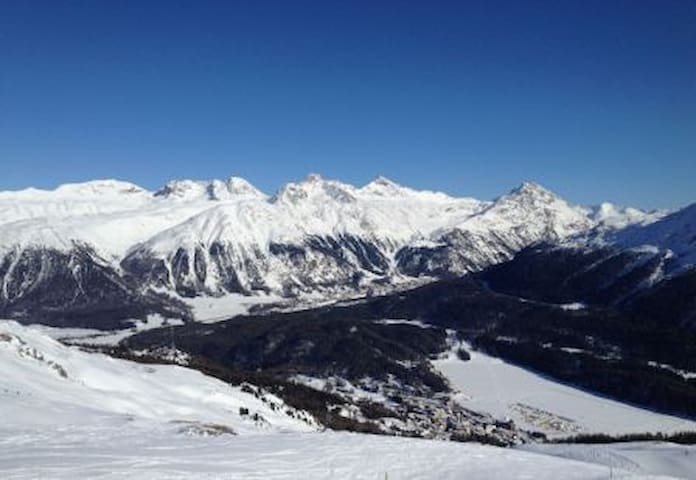Amazing view in the Swiss Alps/1131 - La Punt-Chamues-ch - Apartamento
