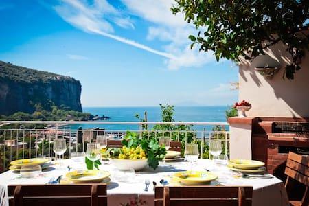 Villa Sorrento Coast - Vico Equense sea front - Vico Equense - House
