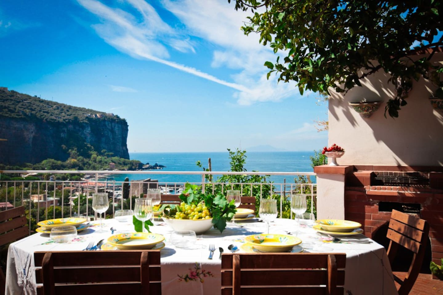 Main sea-view terrace overlooking Ischia and Seiano bay.