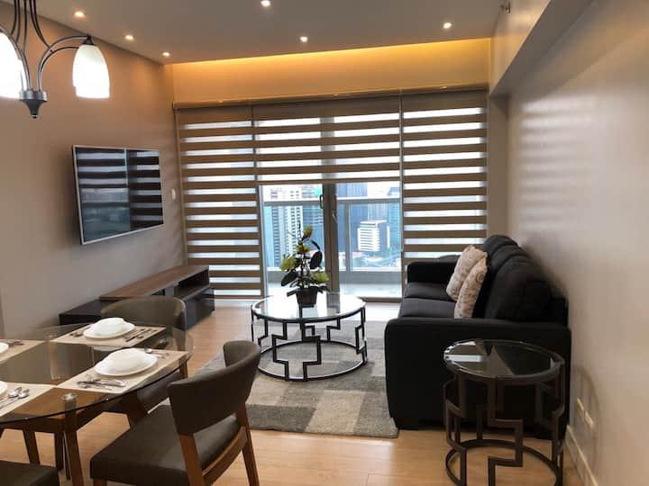 1-Bedrm luxury Condo in the heart of Metro Manila!