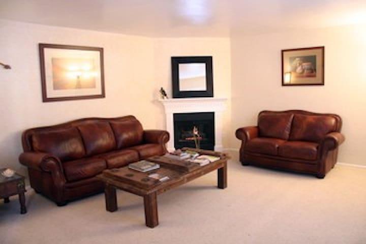 Beautiful 3 bedroom condo! - Santa Fe - Byt