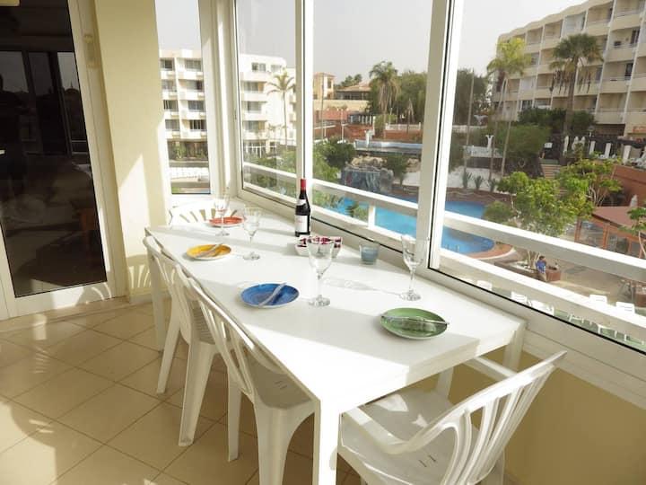 2 bedroom, 2 bathroom apartment in Golf del Sur