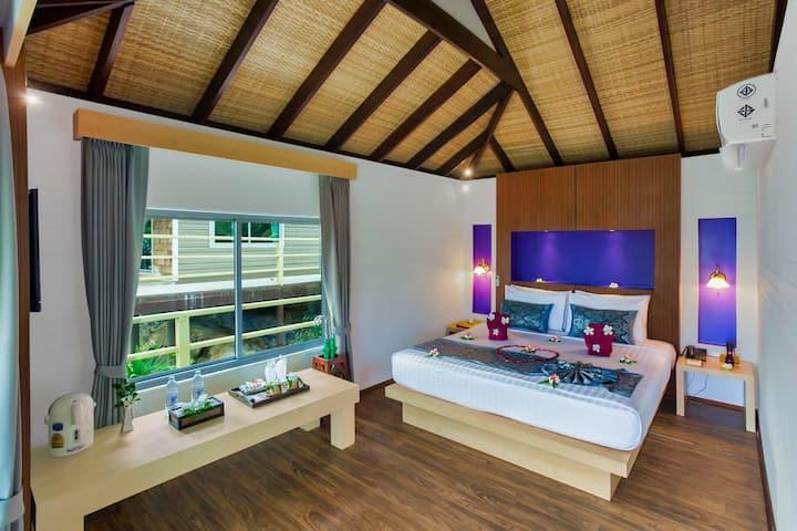 Romantic and Intimate Villa on Phi Phi!
