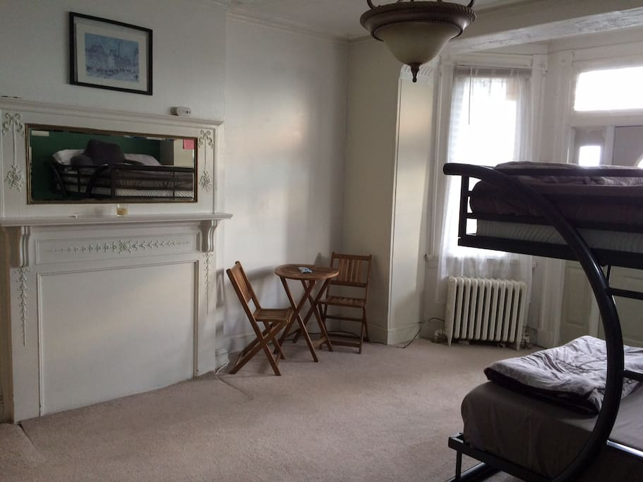 An Efficiency Studio Apartments For Rent In Baltimore