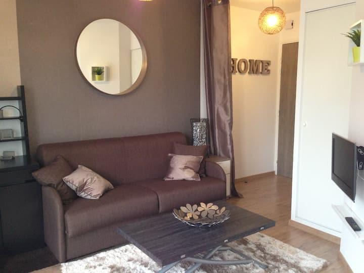 New and cosy studio, close to Caen