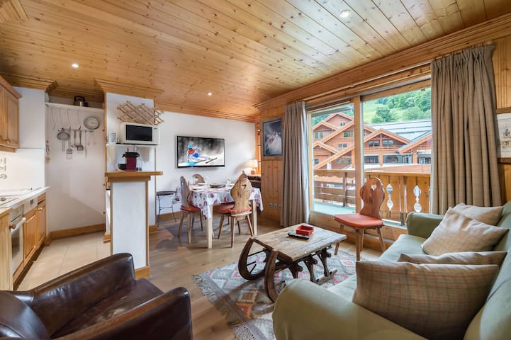 2 rooms apartment situated in the heart of Meribel