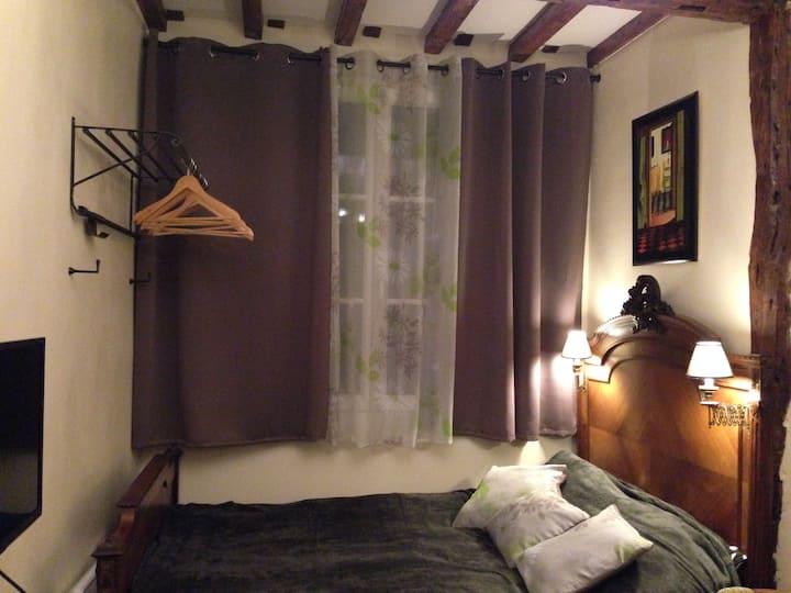 Charmant petit studio dans  Marais