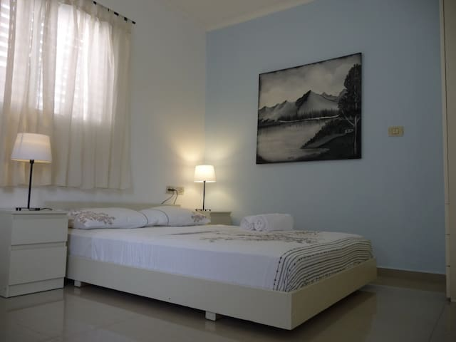 Studio in a quiet area near the sea - Netanya - Flat