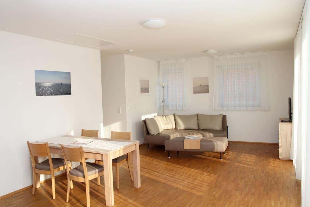 Traumferienwohnung  *  Jonagold *   80qm, hell, geräumig, 2 Schlafzimmer, großer Wohnraum mit Küchenzeile