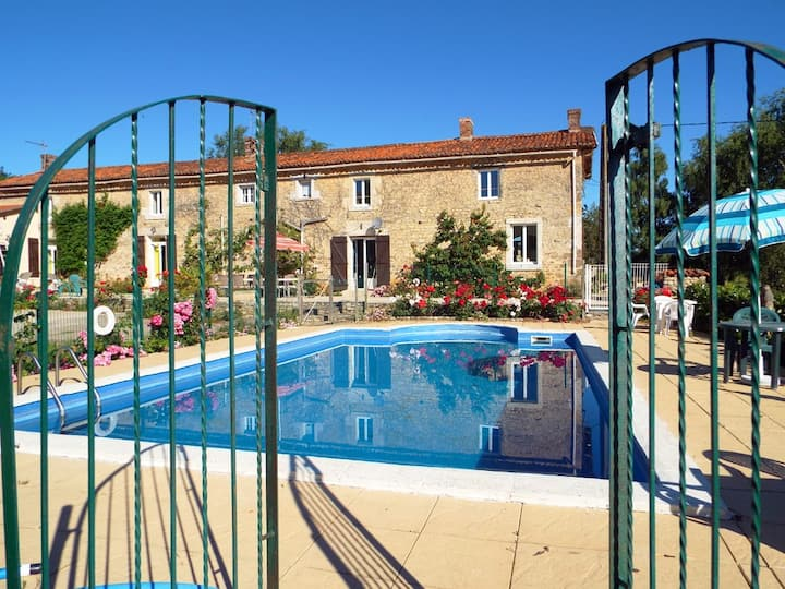Farmhouse with outdoor pool & indoor heated pool
