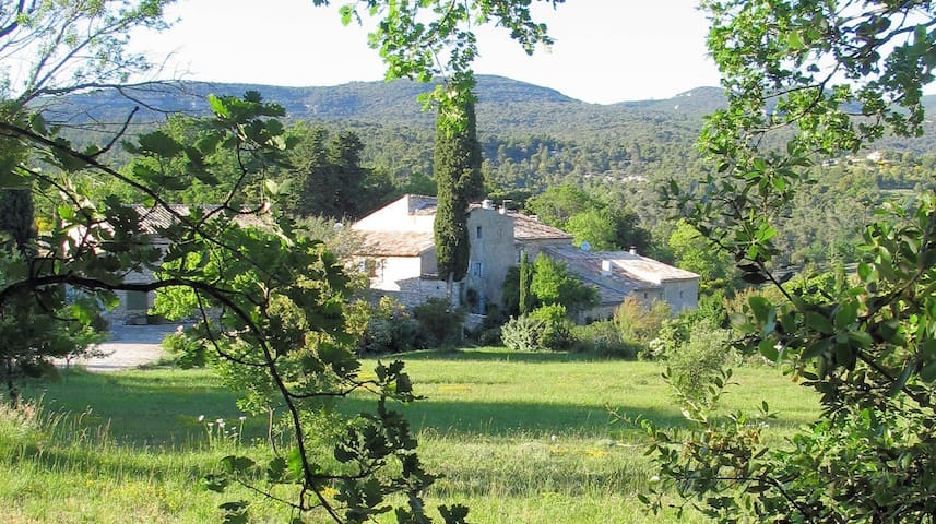 bergerie de Remourase en Luberon - gordes - House