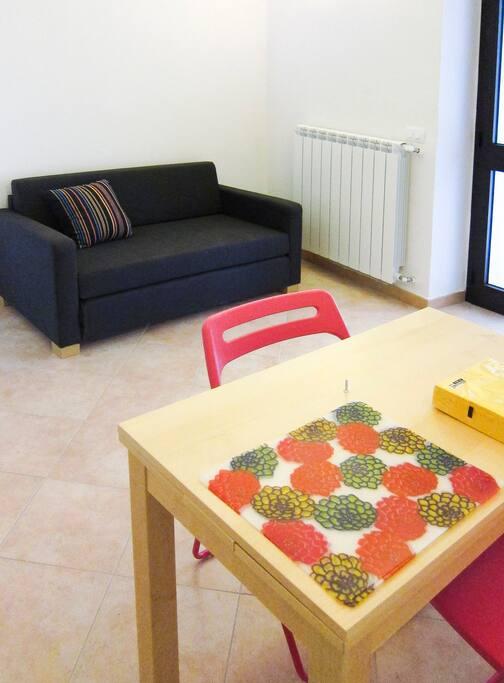 Zona pranzo, soggiorno