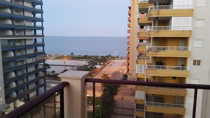 Apartamento vista al mar 6 personas y gran terraza