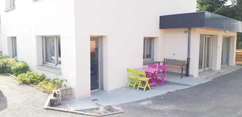 Appartement T2 40m2 avec terrasse et parking privé
