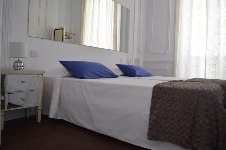 FRIDA habitación doble con baño exterior privado